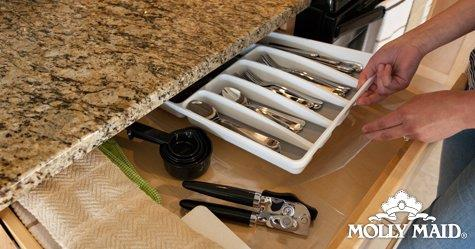 The Best Way to Keep Your Cabinets Clean | Molly Maid