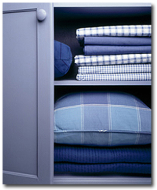 sheets-in-closet