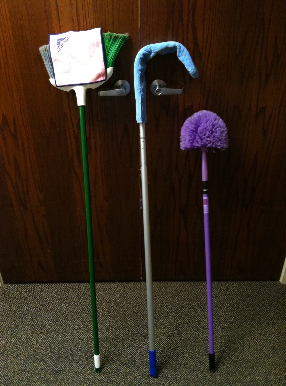 High ceiling cleaning tools